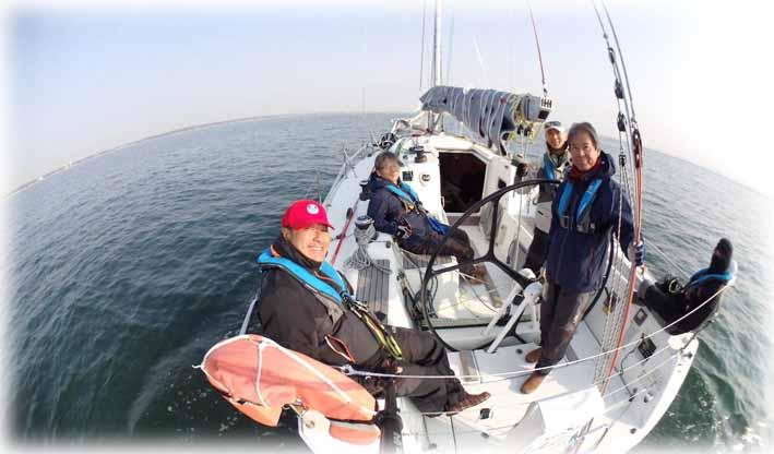 Sailing190406